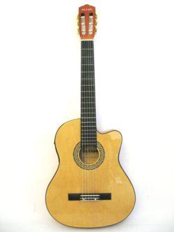 Классическая электроакустическая гитара